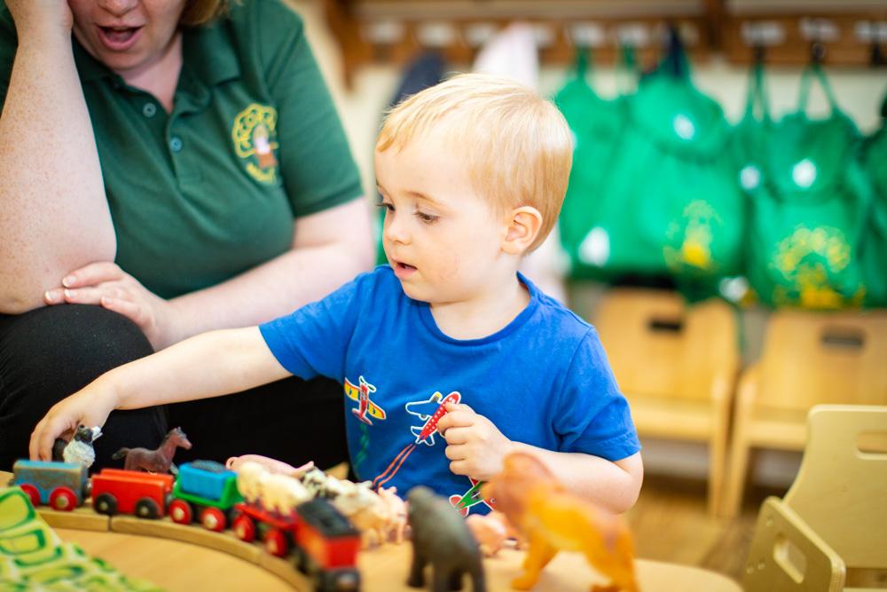 acorns-nursery-school-cirencester-pre-school-1-7
