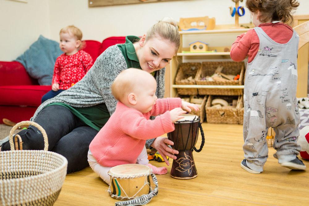 acorns-nursery-school-cirencester-babies-28