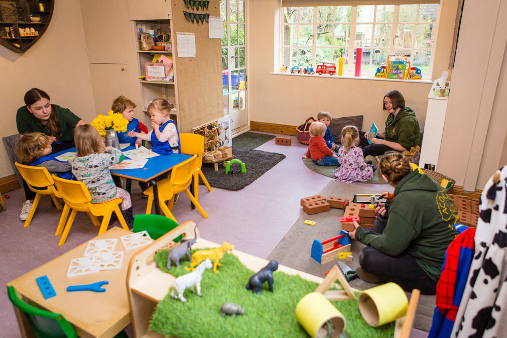 acorns-nursery-school-cirencester-toddlers-11
