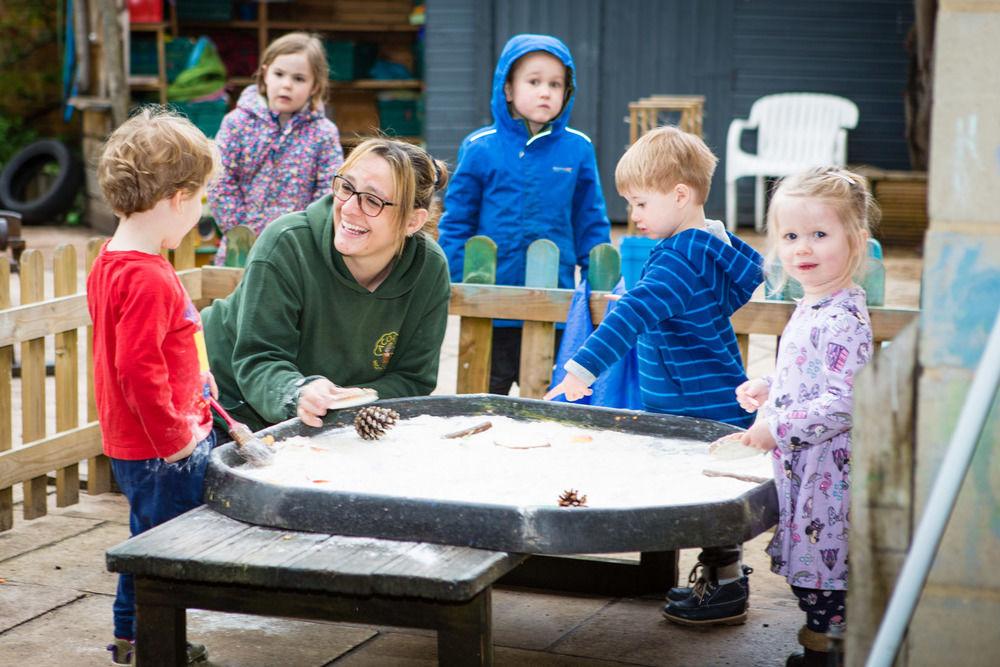 acorns-nursery-school-cirencester-toddlers-23